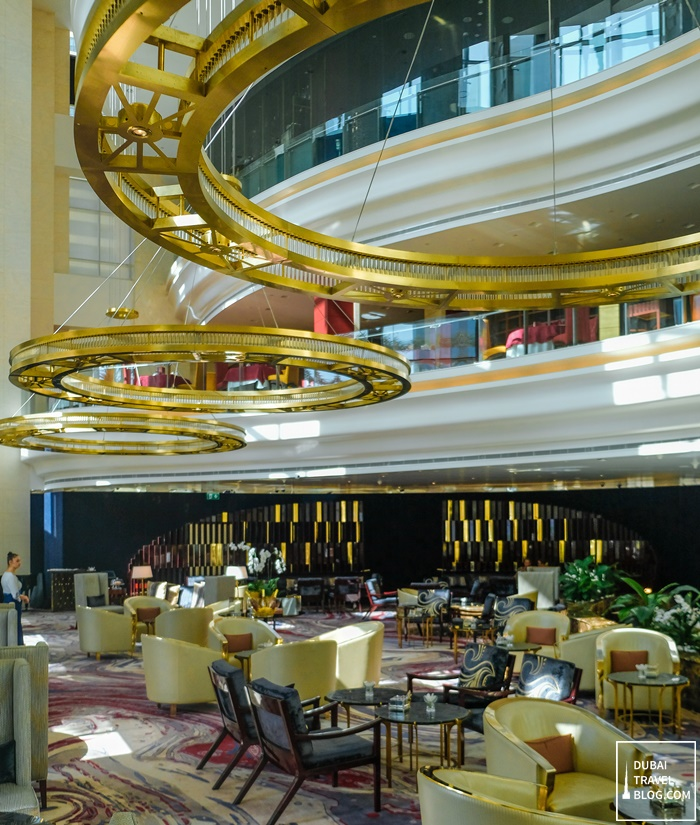 hotel shangrila lobby