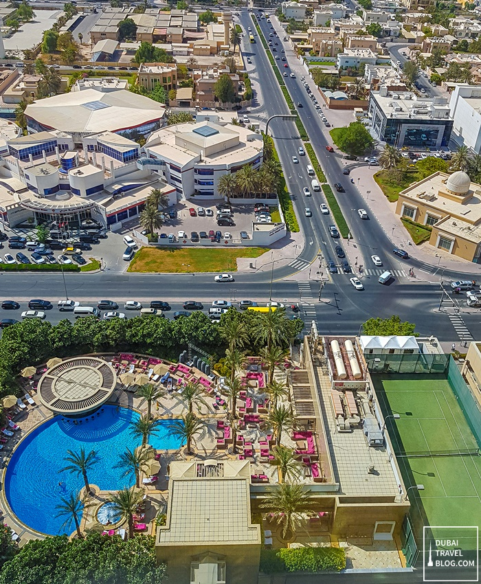 pool and tennis court shangrila dubai