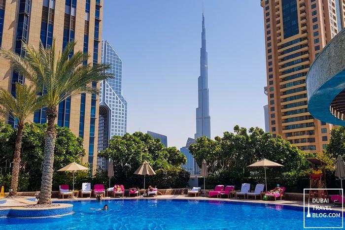 shangri la pool burj khalifa view