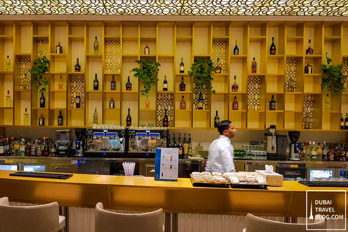 bar drinks at oman air lounge musca airport