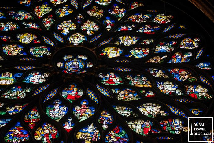 stained glass chapelle paris