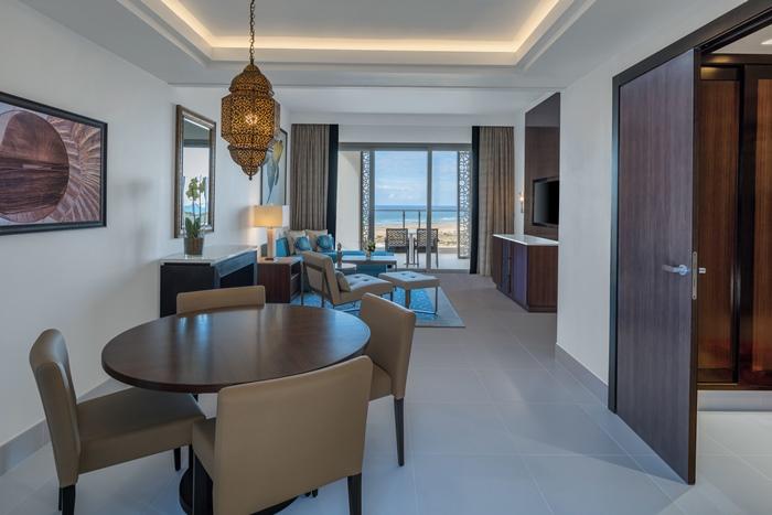 Hilton Tangier Junior Suite - Living Room+Dining area
