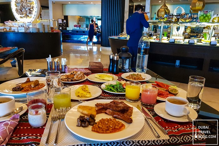 breakfast at sofitel abu dhabi corniche