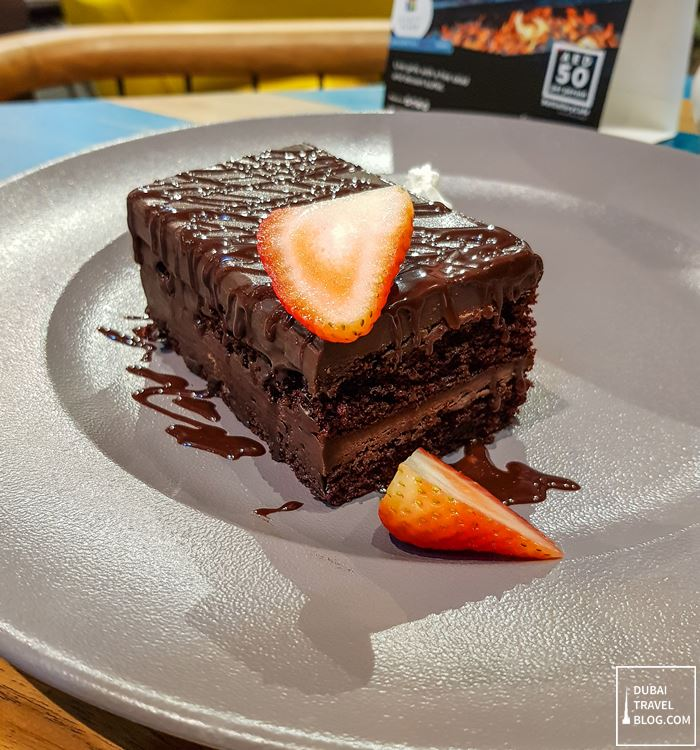 fudge cake gallery cafe hyatt place dubai wasl
