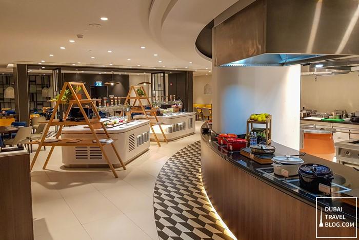 focus restaurant buffet hyatt place dubai jumeirah