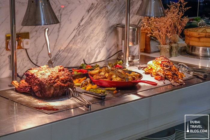 dinner buffet at al dawaar restaurant dubai