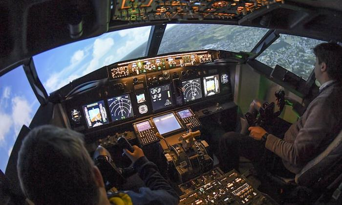 Aero TFT Flight Simulator