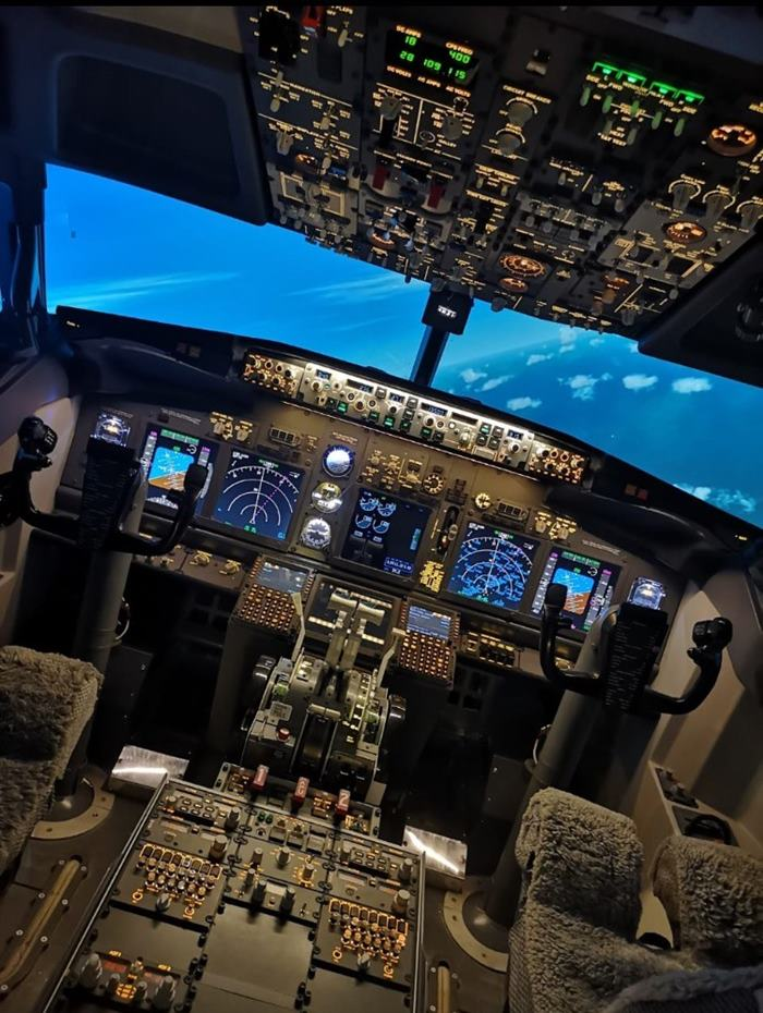 Dubai Flight Simulator