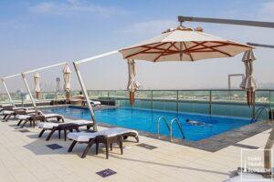 pool at park regis krisn kin hotel