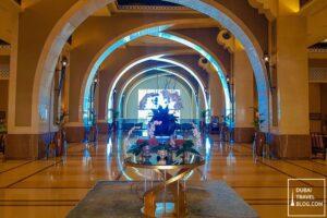fairmont the palm hotel lobby